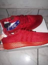 2 sapatos Adidas novos