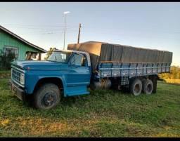 Caminhão Ford graneleiro