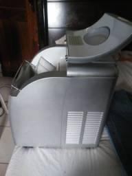 Vendo máquina de fazer gelo