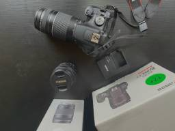 Canon T7+ muito nova