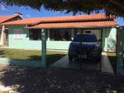 Barbada Casa com piscina e 4 quartos, na avenida da prefeitura em Baln Gaivota