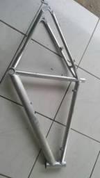 Quadro de alumínio