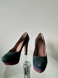 Sapato Arezzo usado