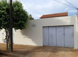 """Quarto individual para """"Mulheres"""" bairro Alto Umuarama *incluso: Água,Energia,Gás e WIFI"""