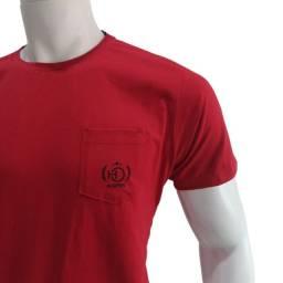 Camiseta Básica com Bolso Original H.Open por apenas R$ 50,00