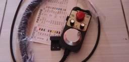 Vendo ou troco Manivela Controle Universal CNC 4 eixos com Botão de Emergência