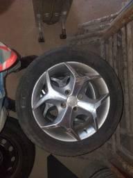 Rodas liga leve aro 15 com pneus 195/60