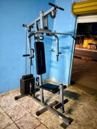 Estação musculação/academia
