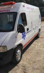 Ambulância UTI MÓVEL ano 2009