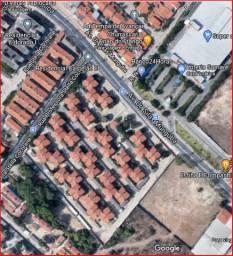 Apartamento 60m² na Av. Cilas Munguba Passaré baratinho!
