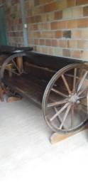 Banco roda de charrete