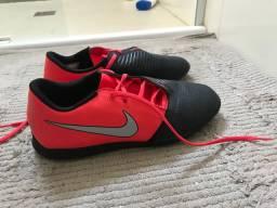 Chuteira Nike phanton tamanho 38
