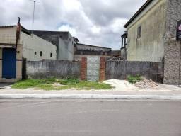 Terreno Escriturado 300m² em área comercial/residencial. Excelente oportunidade!!!