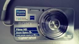 Câmera Digital Cyber-Shot 16.1MP Sony DSC-W570<br>