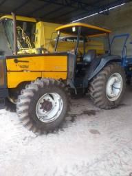 São 6 máquinas agrícolas vendo tudo