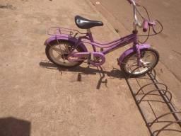Vendo uma bicicleta aro 16 infantil feminina