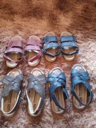 sandálias (150 reais)