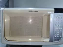 Vendo Microondas Electrolux 30L MEF41 - Não está Esquentando