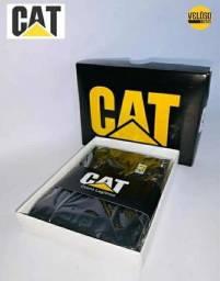 """CARTEIRAS CATERPILLAR """"CAT"""" EM COURO LEGÍTIMO"""