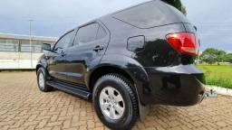 Hilux sw4 2006/06 impecável 4 pneus novos revisada sem detalhes confira