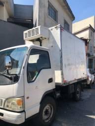 Jac T140 refrigerada c/ serviço / 2012