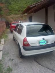 Clio 2004 1.0  8v 12.800