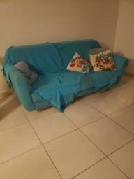 Sofá retrô (850 reais)