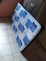 Seminovo colchão de solteiro de espuma confortável