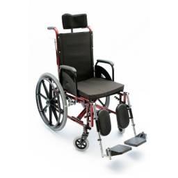 Cadeira de Roda para Tetraplégico Reclinável e apoio Panturrilha