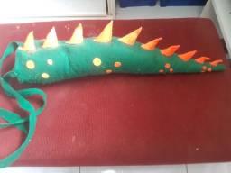 Cauda de dinossauro infantil