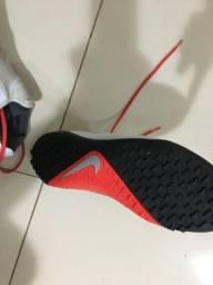Chuteira Society Nike Phantom Vision