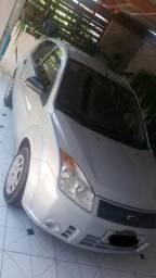 Vendo um Ford fiesta .Black Friday .R$13.500 - 2009