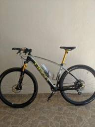 Bicicleta aro 29 Carbono 19