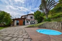 Casa com 3 dormitórios à venda, 200 m² por r$ 698.000 - iucas - teresópolis/rj