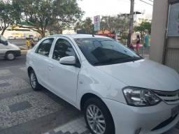 Etios xls 1.5 sedan - 2014