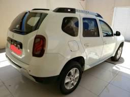 Vendo Carro Renault Duster 1.6 completo - 2016