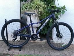 Bicicleta Trek Marlin 5 - Grupo Shimano - Tamanho S