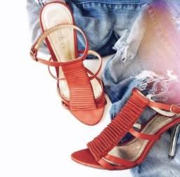 Sandália de tecido importada. Número 35 muito conservada. (SOMENTE VENDA)