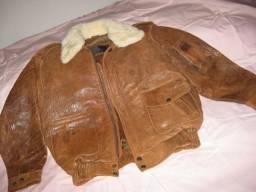 Jaqueta de couro com forro e gola removiveis