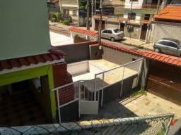 Casa duplex com 3 quartos no Barro Vermelho