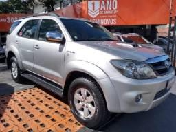 Hilux SW4 SRV 3.0 Diesel - 2006 - 2006