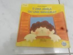 Vendo esse livro ele é velho