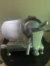 Maquina de fatiar