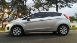 New Fiesta 1.6 câmbio mecânico