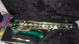 Saxofone tenor