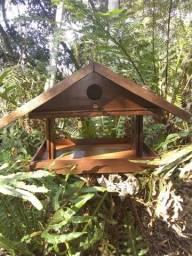 Casinha tratadouro de passarinhos