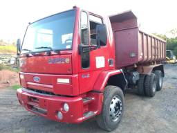 Cargo 2428 caçamba