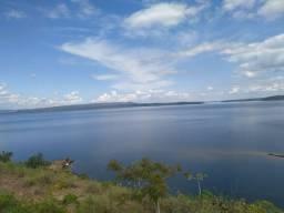 Chácara no lago do mando