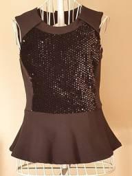 Blusa preta charmosa com paetês tamanho PP