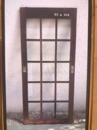 Porta janela de itaúba. Vidros e venezianas